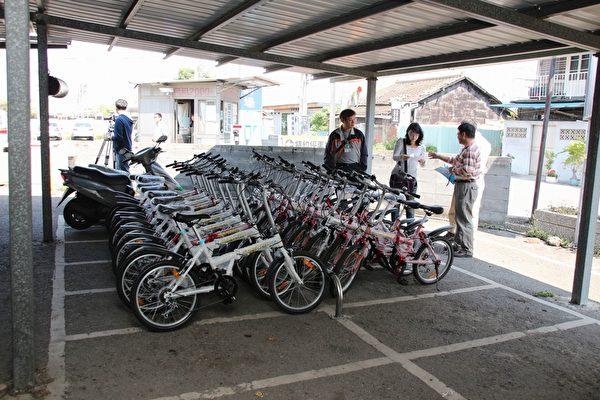 备用的观光用自行车车型很美,嘉义市区三处停车场提供60辆脚踏车免费借用。(嘉义市政府提供)
