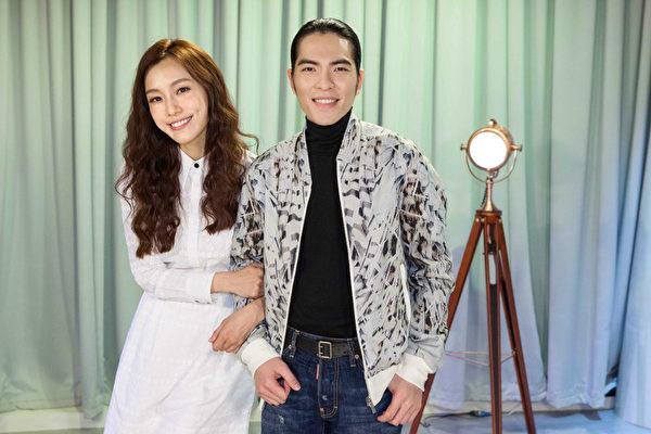 萧敬腾(老萧)与范玮琪(范范)近日推出合唱甜蜜新作品《铃铃》。(卫视中文台提供)