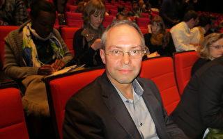 法国铁运输公司生产部件的公司的经理Christophe Rocher。(大纪元)