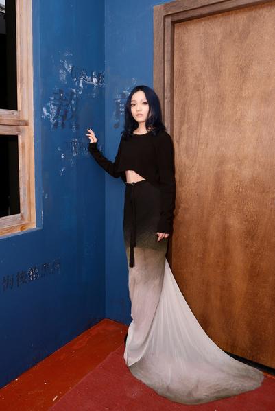 張韶涵《刺情》MV。(天涵音樂提供)