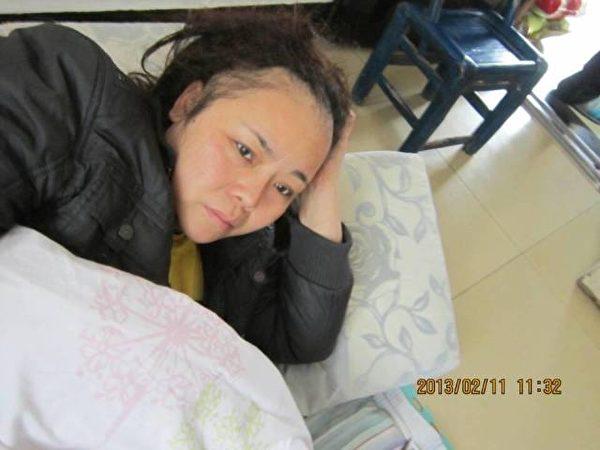 湖北荊州訪民黃燕身患癌症,依然堅持追究姐夫王守誠的死亡真相。(知情者提供)