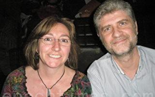 Isabel是巴塞罗纳Sant Boi医院精神科主治医师,她的先生Francisco 是巴塞罗纳地区政府信息咨询官员。2014年4月11日晚,他们夫妇俩有幸观看了神韵世界艺术团在巴塞罗那的第三场演出,深深地被神韵演出所感动。(文华/大纪元)782377