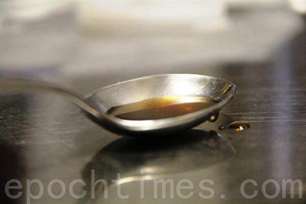 鱼露fish sauce(摄影:ALEX/大纪元)