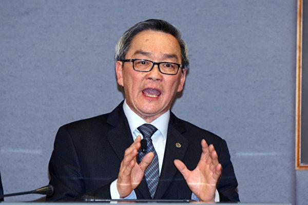 負面新聞不斷之際,港鐵當晚宣佈工程總監周大滄將於10月28日退休。(潘在殊/大紀元)