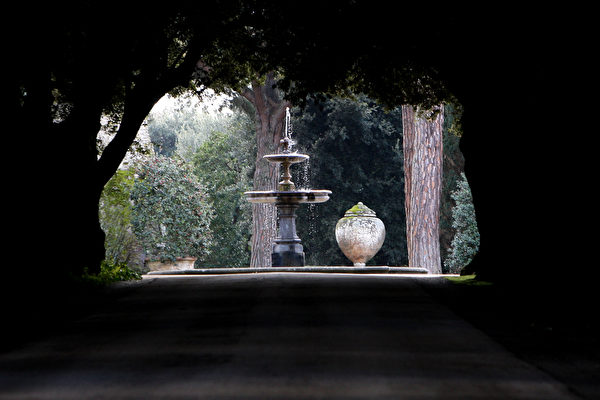 罗马教皇夏宫-冈道尔夫堡花园(Franco Origlia/Getty Images)