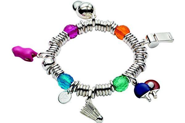 Sweetie手链可配衬不同系列的吊饰。(图/Links of London提供)