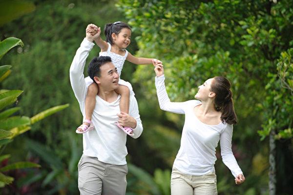 """吴惠林:找回""""传统家庭""""此其时"""