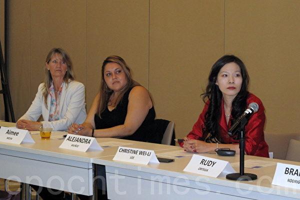 圖:、洛杉磯百老匯小學家長李維莉(Christine Lee,右一)4月23日在加州捐贈基金會(California Endowment)舉行的一次教育圓桌會議上呼籲學區聆聽家長意見。(劉菲/大紀元)