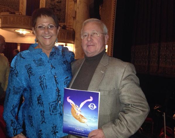 萨博提诺(Anthony Sabatino)在2014年4月27日晚纽约州首府地区的神韵晚会。(徐竹思/大纪元)