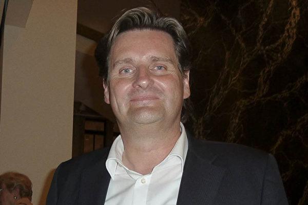 財務顧問Ralf Kern表示,神韻超過了他的期待。(Nina Hamrle/大紀元)