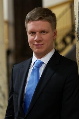 Tomáš Hudeček市长称赞神韵的高水平。(布拉格市府网站)