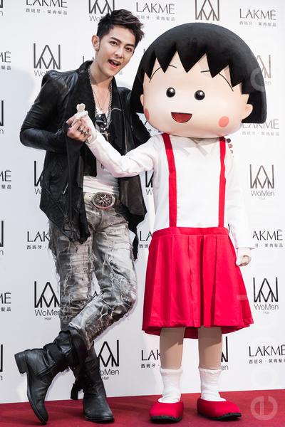 前《飛輪海》團員汪東城5月6日在台北出席髮廊開幕活動,他頻呼吳尊女兒NeiNei「好可愛」,看到就想衝上去擁抱。(陳柏州/大紀元)