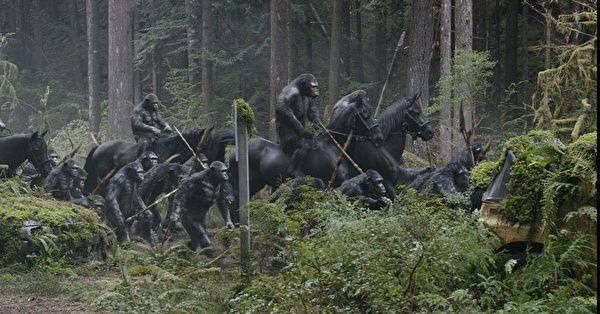 《猩球崛起:黎明的進擊》劇照。(福斯提供)