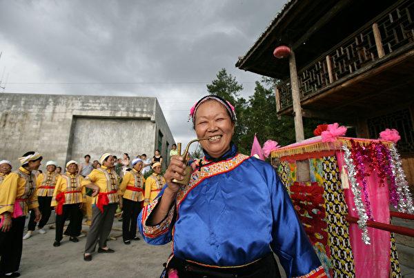 土族婚嫁,多在每年正月举行。(图/Getty Images)