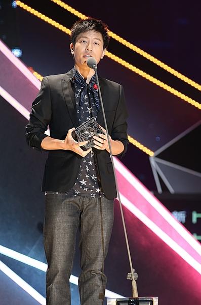 韦礼安于2013_hito流行音乐奖颁奖典礼照。(台北之音提供)