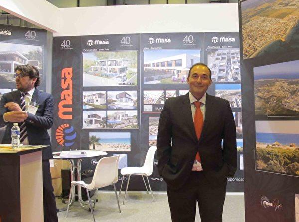 房地产开发商Salvador Villar先生去中国两次做生意都没有成功,他希望通过大纪元了解中国市场的真实情况,并希望中国人都能得到自由的信息。(萧然/大纪元)