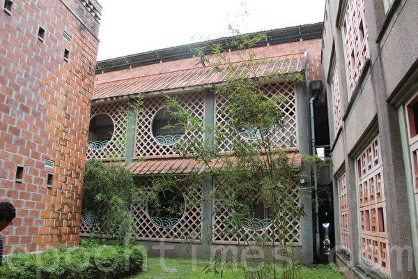 不同型态的红砖建筑。(谢月琴/大纪元)