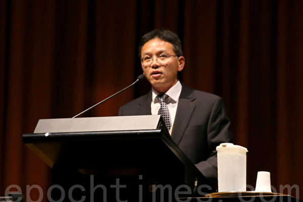 陳用林說「 6.4精神是中國人擺脫專制統治,走向民主的一把鑰匙。」(何蔚/大紀元)
