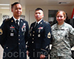 陸軍長官梁期宛(左)、徐達廣(中)和Virrey希望有更多華人來參軍。(屈婧/大紀元)
