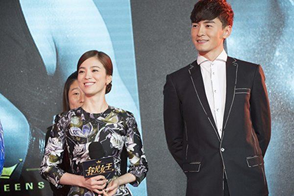 鄭元暢(小綜,右)稱與宋慧喬對戲,看著她就像是HD高畫質美女,讓宋慧喬很害羞。(M.I.E提供)