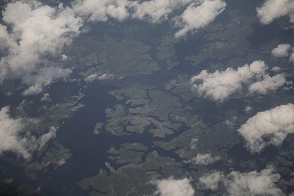 鸟瞰巴西马瑙斯的亚马逊河水路(Oli Scarff/Getty Images)