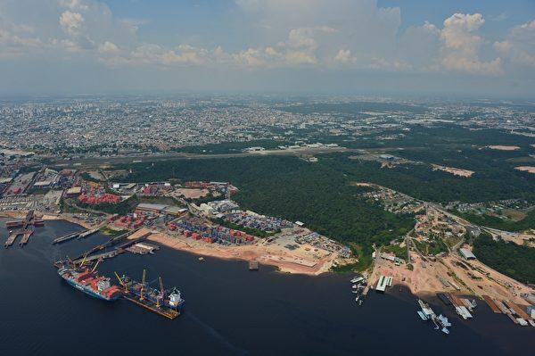 俯瞰巴西马瑙斯市(CHRISTOPHE SIMON/AFP/Getty Images)