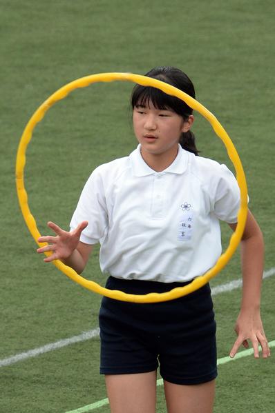 2013年行將小學畢業的日本敬宮爱子公主(YOSHIKAZU TSUNO/AFP/Getty Images)