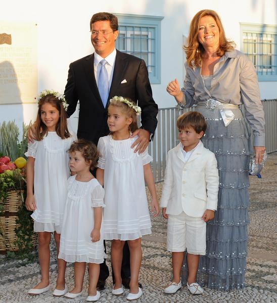 希臘和丹麥公主艾莉西亞(右)是迪奧多拉公主的姐姐,與建築師丈夫育有四個孩子。(Pascal Le Segretain/Getty Images)