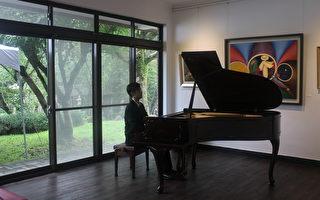 「琴鍵上的月光」台灣鋼琴家劉忠欣2014巡迴獨奏會