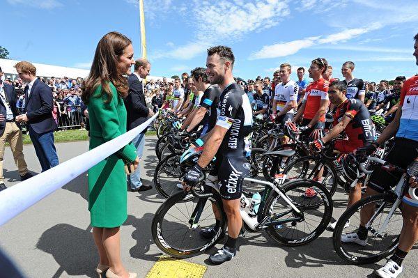 2014年7月5日,凱特王妃在第101屆環法自行車賽起點。(Asadour Guzelian - WPA Pool/Getty Images)