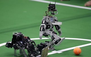 人機大戰 智能機器人有一天能控制人類?