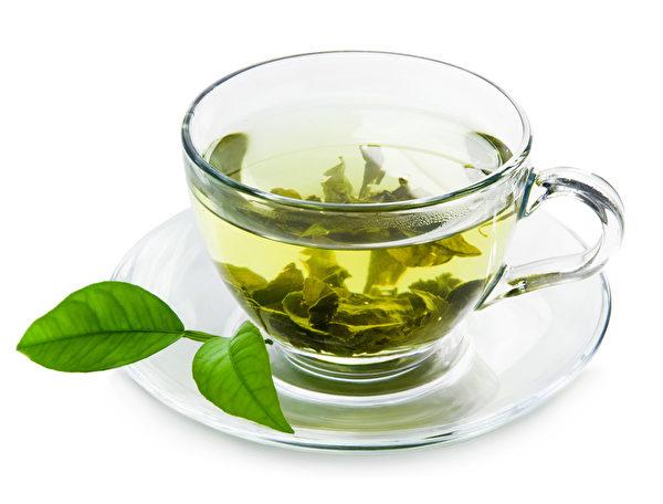 绿茶中的氨基酸与儿茶素能有效抵抗身体发炎反应。(fotolia)