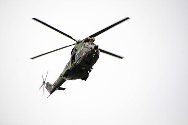 美洲豹直升机GIGN(Hélicoptère Puma GIGN)(叶萧斌/大纪元)