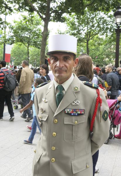 军官Folny曾经参加过十次的国庆游行。(关宇宁/大纪元)