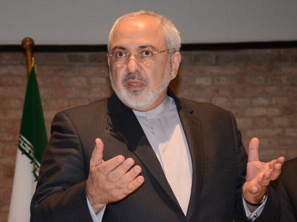2014年7月15日,伊朗外交部长扎里夫在奥地利首都维也纳的记者会上,陈述伊朗的核计划。(Hasan Tosun/Anadolu Agency/Getty Images)