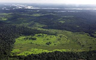 亚马逊雨林神秘部落与世隔绝 罕见视频曝光