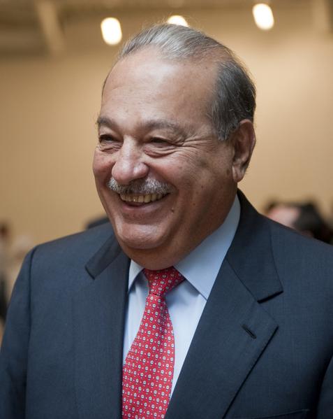 卡洛斯.斯利姆(Carlos Slim) 是墨西哥电信的最大股东,亦是墨西哥美洲电信的首席执行官,并持有墨西哥卡尔索集团,商业网络遍及世界各地。(Ronaldo Schemidt/AFP/Getty Images)