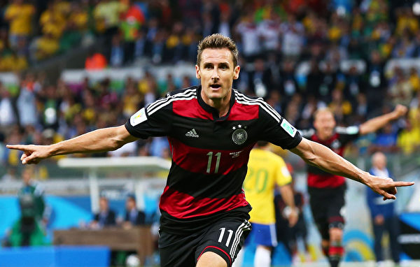 德国克洛泽踢进生涯世界杯第16球。(Robert Cianflone/Getty Images)