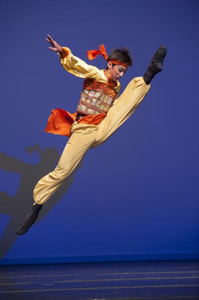 2009年第三届新唐人全世界中国古典舞大赛少年男子组金奖廖若山(戴兵/大纪元)