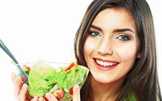 從現在開始,試著把食物份量縮小一點,蔬菜水果多樣化一點,你會發現其實減肥真的沒有想像中那麼難。 (fotolia)