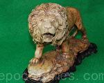 """文中""""雄狮石雕""""的照片。(当事人提供)"""