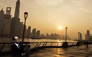 繼中共十八大後14個調換組織部長的省份之後,上海和江蘇兩地上週組織部長也相繼換人,江派權力範圍不斷被架空。(大紀元合成圖)