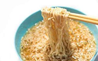 中國是全球泡麵最大消費國 專家拉健康警報