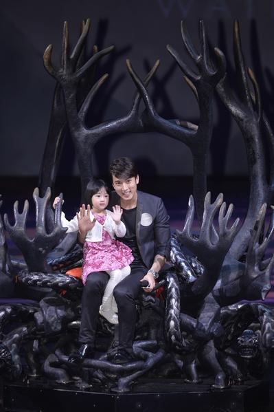 吳尊表示不介意女兒當藝人,但首要條件是自己要當女兒的經紀人。(水舞間提供)