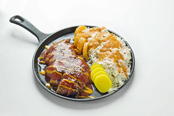 """""""食客""""新菜——日式炸鸡汉堡。(图:张学慧/大纪元)"""