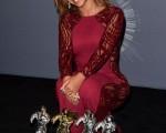 流行歌后碧昂丝获得四项大奖,成MTV音乐录影带奖最大赢家。(Jason Merritt/Getty Images for MTV)