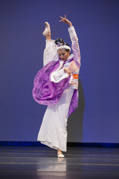 青年女子组金奖蔡翘楚,她表演的剧目是《文姬归汉》。(爱德华/大纪元)
