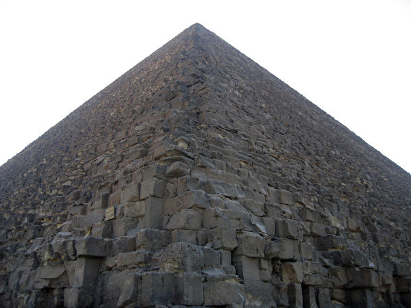 胡夫金字塔 (图片提供:许晓倩)