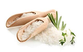 """""""盐""""是一种天然的美容用品,它的神奇美容功效,让人爱不释手。(Fotolia)"""