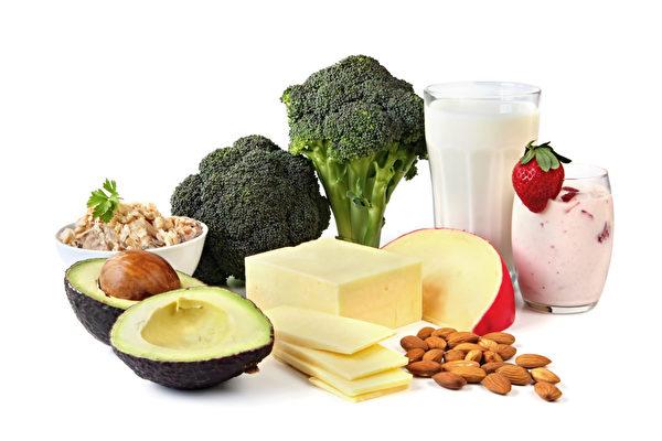 食物中四大营养素 让你大脑持续年轻